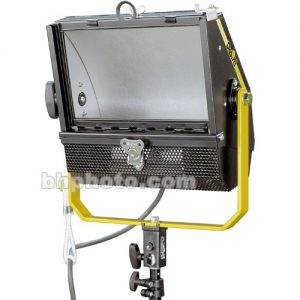 DeSisti Wyeth 1K Softlight Stand Mount - technoled.eu