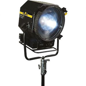 DeSisti Super LED F14 Daylight-Balanced Fresnel Rain Protected - technoled.eu
